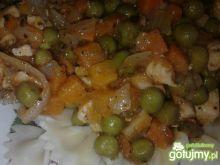 Kokardki z warzywami i kurczakiem