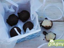 Kokosowe pralinki z kaszą manną