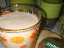Koktajl bananowo - jabłkowy z cynamonem