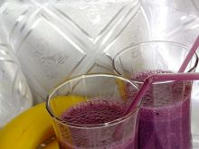 Koktajl bananowo - jagodowy