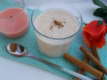 Koktajl bananowo-jogurtowy z nutką cynamonu