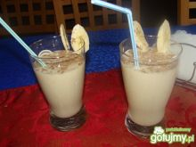 Koktajl bananowy z mleczkiem kokosowym