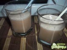 Koktajl jajeczno-czekoladowy