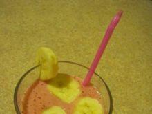 Koktajl truskawkowo-bananowy.