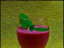 Koktajl truskawkowo jagodowy