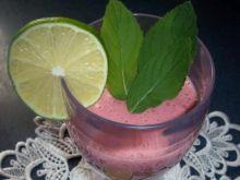 Koktajl truskawkowy z miętą