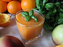 Koktajl witaminowy z pomarańczy i marchewki