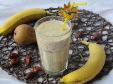 Koktajl z bananem, gruszką i daktylami