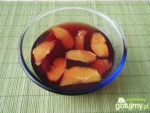 Koktajl z czerwonego wina i pomarańczy