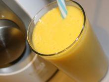 Koktajl z mango i kaszy jaglanej