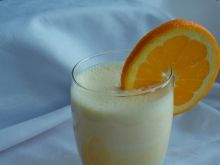 Koktajl z pomarańczy i imbiru