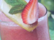 Koktajl z truskawek i bananów