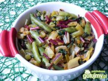 Kolorowa boćwina z fasolką szparagową
