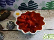 Kolorowa fasola w pomidorach