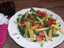 Kolorowa fasolka z pomidorkami i ziemniakami