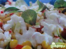 Kolorowa sałatka warzywna