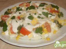 Kolorowa sałatka z brokułem beatki