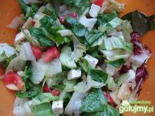 Kolorowa sałatka z fetą 3
