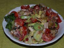 Kolorowa sałatka z soczewicą
