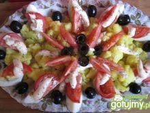 Kolorowa sałatka z żółtym kalafiorem