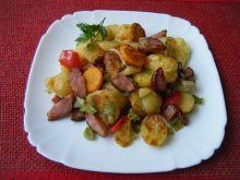 Kolorowa zapiekanka z ziemniaków