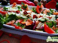 Kolorowa zdrowa sałatka