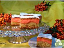 Kolorowe ciasto z jabłkami