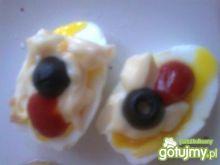 kolorowe jajko z majonezem