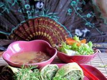 Kolorowe naleśniki Tao-Tao z mięsem
