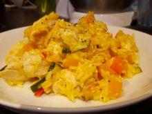 Kolorowe risotto z warzywami i kurczakiem