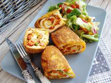 Kolorowe roladki z pastą z suszonych pomidorów