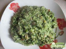 Komosa ryżowa z pieczarkami i szpinakiem