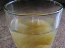 Kompot jabłkowo-gruszkowy z cynamonem