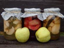 Kompot jabłkowy z dodatkami