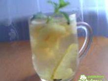 Kompot z jabłek i cytryny