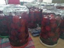 Kompot z wiśni w słoikach