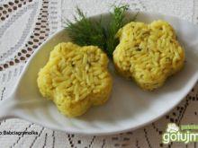 Koperkowy ryż na bulionie :
