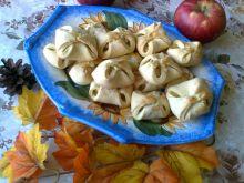 Koperty z jabłuszkiem