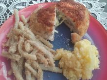 Koperty z kurczaka faszerowane serem