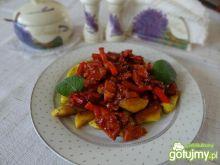 Kopytka z ziołami i sosem