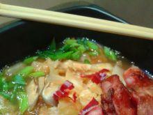 Koreańska zupa kimchi