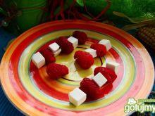 Koreczki malinowo serowe