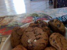 Korzenne ciasteczka z nutą czekolady