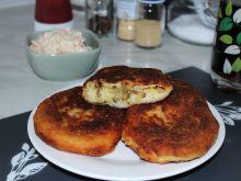 Kotlecik ziemniaczany z pieczarkami i serem