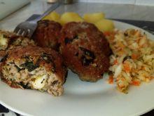 Kotleciki mielone ze szpinakiem i serem