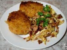 Kotleciki ryżowe i kapusta z borówkami