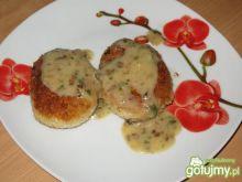 Kotleciki z kaszy jęczmiennej z serem