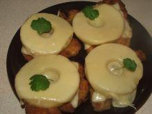 Kotleciki z kurczaka pod ananasem