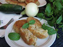 Kotleciki z ryżem, kalafiorem i cukinią