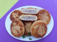 Kotleciki ziemniaczane z mięsem